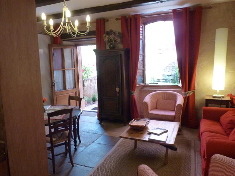 Salon salle manger porte de la terrasse g te sud aveyron - Porte salle a manger ...